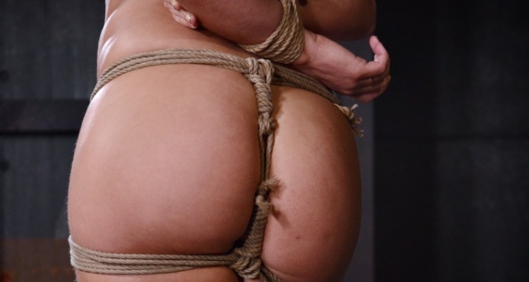 Abella Danger's big ass tied with rope