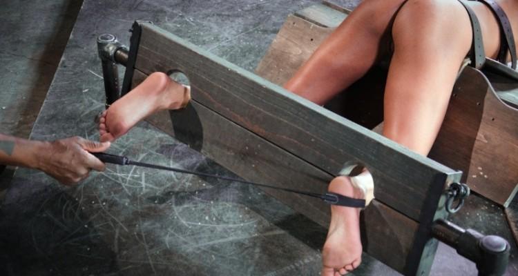 Nikki Darling's foot torture