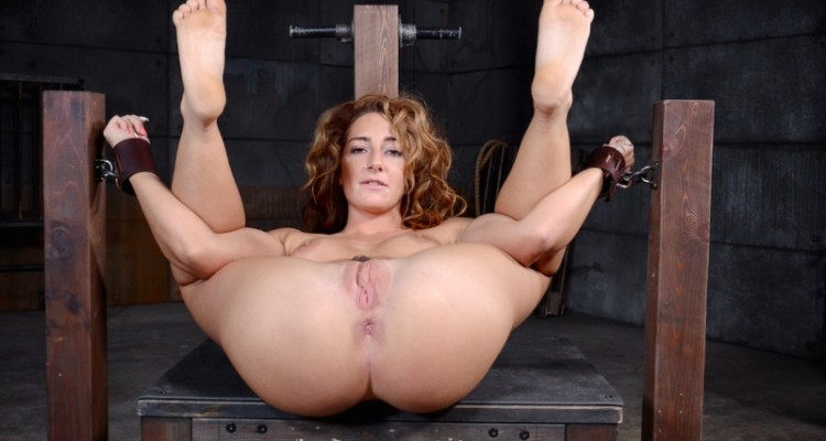 Savannah completely spread and ready to be fucked